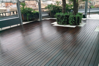 Mantenimiento terraza madera Hotel Claris