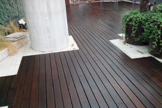 Tarima madera lasur hotel Calrís Barcelona