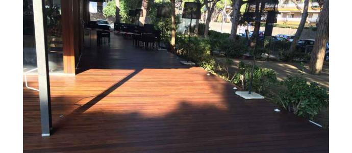 Restauración fachada y tarima tropical Restaurante